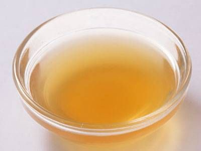中村 正明さんの「土佐酢」のレシピページです。酸味の穏やかな土佐酢を料理にかけて。 材料: A、削り節