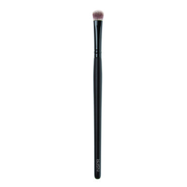 Get your luxury cosmetics exactly where you want them with this eye shadow brush. Our cosmetic brushes are top quality and apply evenly.