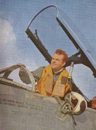 som flyveløjtnant Ras, i Jetpiloter fra 1961.
