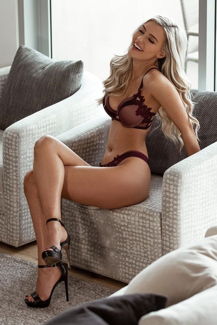 Pin On 1 More Blondes  Red-Hds A-7668