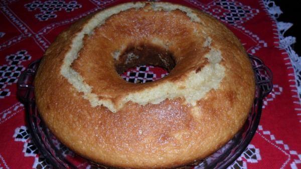 Aprenda a preparar bolo de mandioca de liquidificador com esta excelente e fácil receita. Sergio Coelho sugere um bolo de mandioca de liquidificador muito simples de...