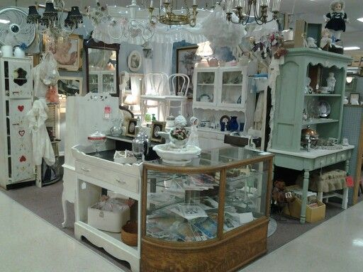 Shabby chic, Shabby and Antiques on Pinterest