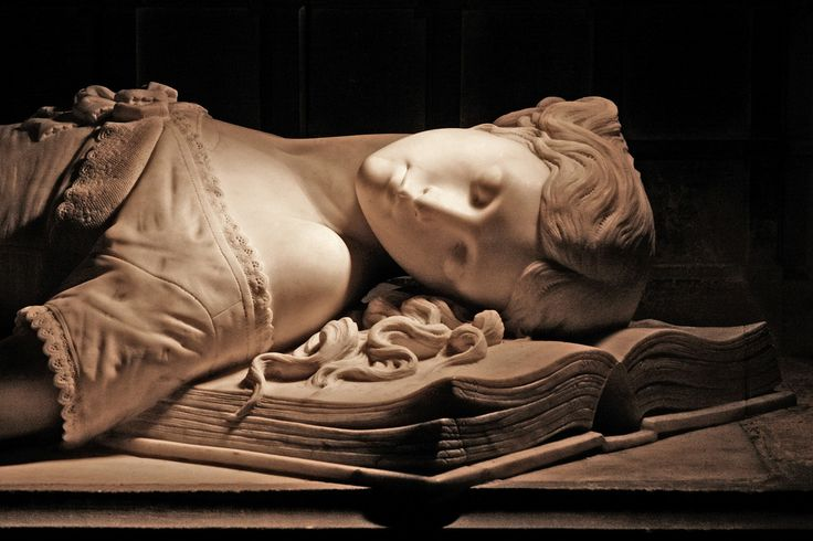 https://flic.kr/p/48k1KH | Memorial to Princess Elizabeth | Joint church dedication: Sts Thomas Location: Newport, Isle of Wight, England, UK  St Thomas of Canterbury and St Thomas the Apostle