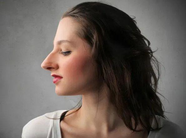 30 Lange Nase Welche Frisur - Frisuruer in 2020 | Lange