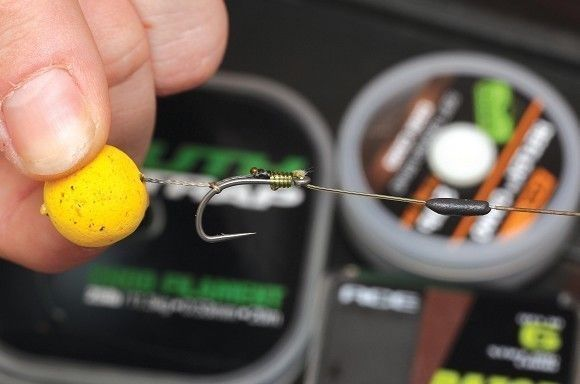 Tie a soft hair to a stiff section of hooklink - Articles - CARPology Magazine