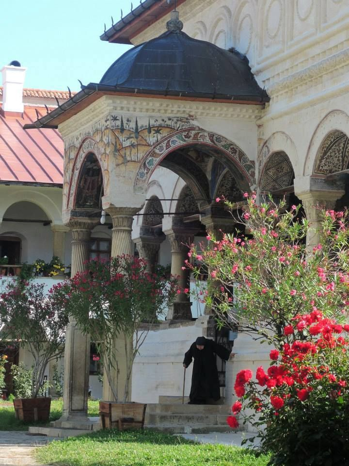 Hurez monastery, UNESCO, www.romaniasfriends.com