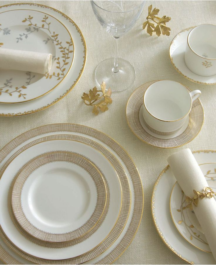 """Vera Wang Wedgwood """"Gilded Weave"""" Dinnerware Collection"""