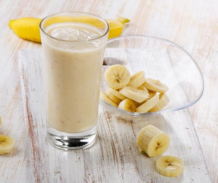 Questa è una delle colazioni più sane e gustose perché contiene vitamine e minerali che migliorano l'aspetto della pelle, dei capelli, normalizza il metabolismo e rafforza il corpo.