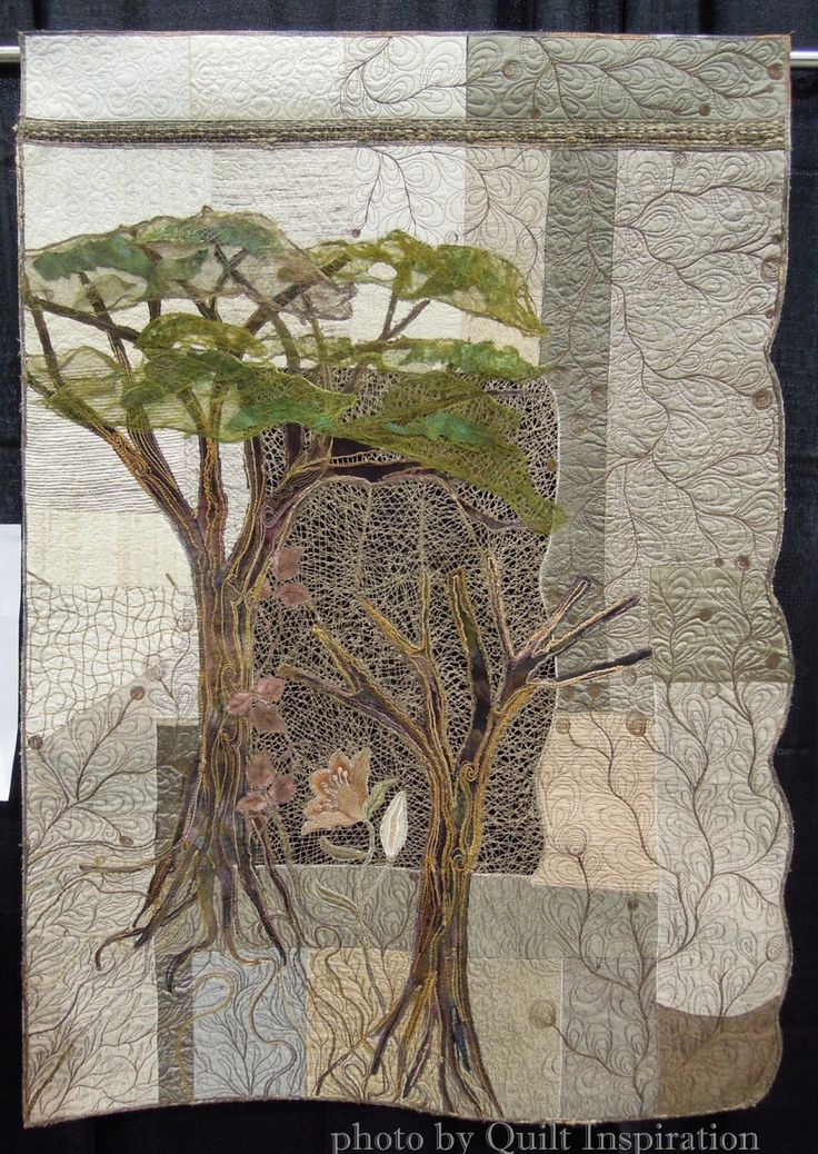 Ephemeral Nature by Sandra Lange, Brazil.  2015 WQS.  Photo by Quilt Inspiration