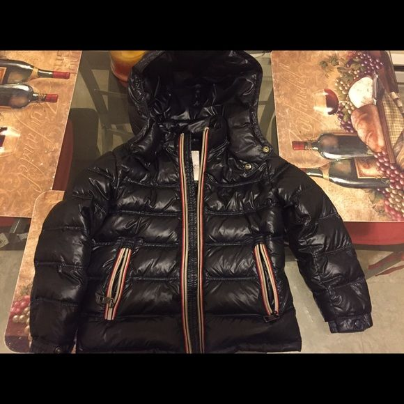 Boys coat Boys Moncler coat size medium in toddler see size chart in last pic Moncler Jackets & Coats Puffers
