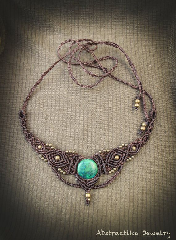 Tiara necklace in macrame with chrysocolla gemstone. Indian jewelry, goddess, victorian, stemapunk, fairy necklace