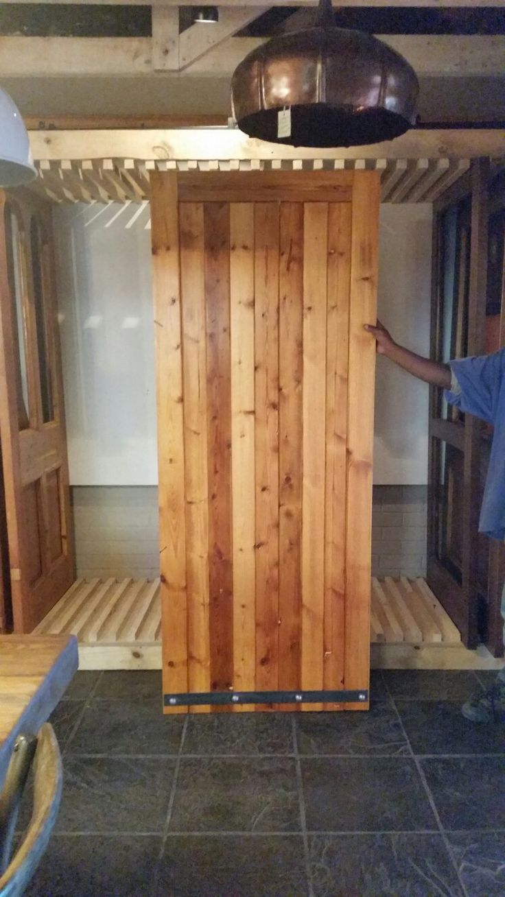 New extra door made from re-cycled Oregon pine.