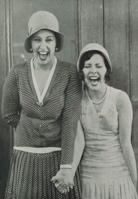 vintage everyday: 21 Emotional Vintage Pictures Show People with Their Joy