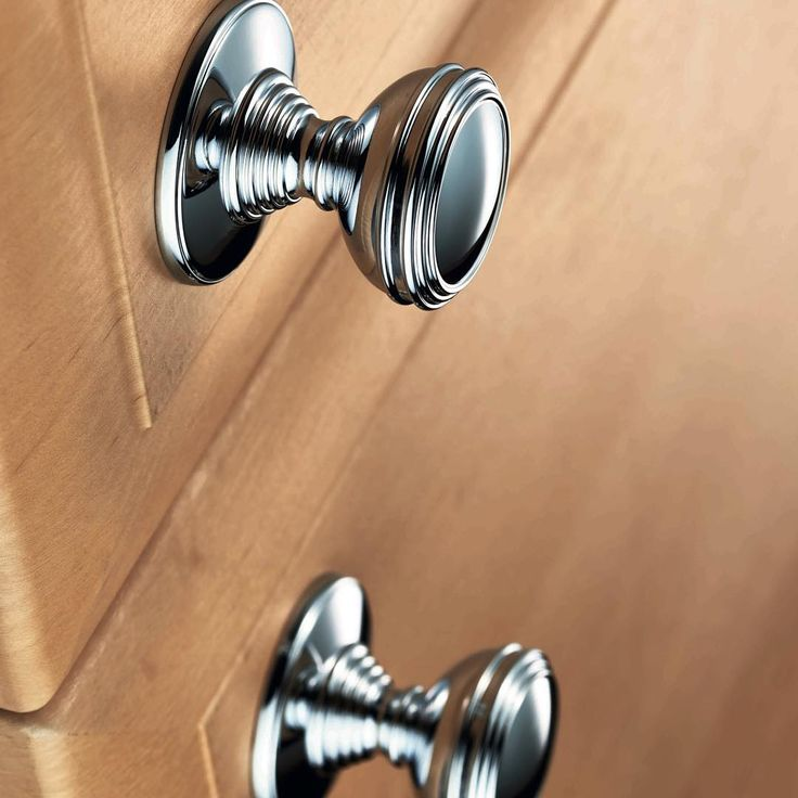 DK47CCP - Delamain Plain Knob #LocksandHardware #CarlisleBrass #Home #Living #HomeDecor #kitchendesign #DreamKitchen #cabinetknobs
