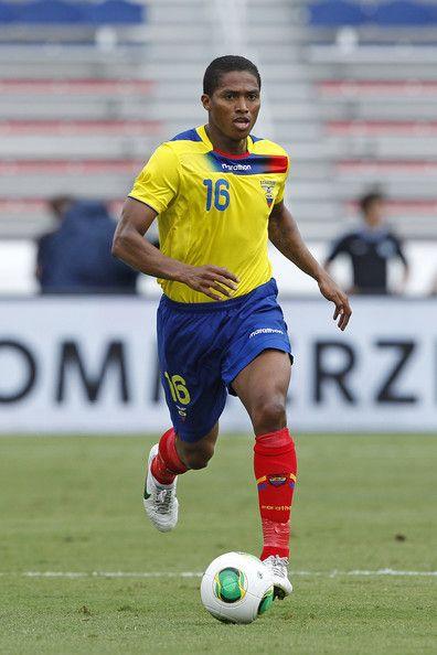 Antonio valencia con la maglia della sua nazionale (Ecuador)