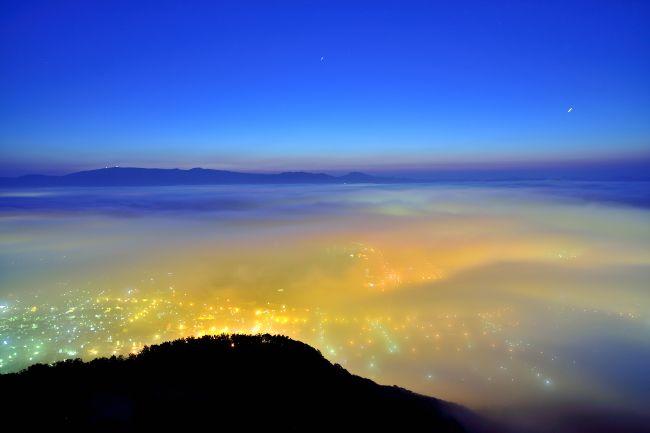 函館山の夜景 雲に覆われているver.