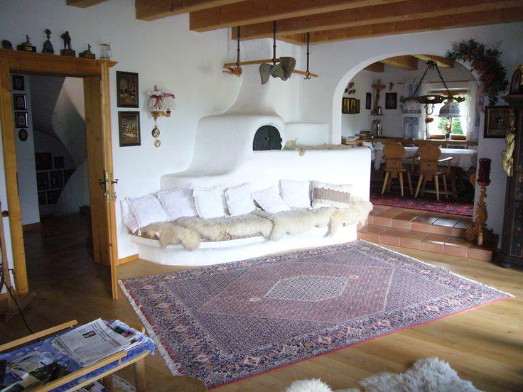 die 25 besten kachelofen ideen auf pinterest kachelofen modern moderner kamin fen und. Black Bedroom Furniture Sets. Home Design Ideas