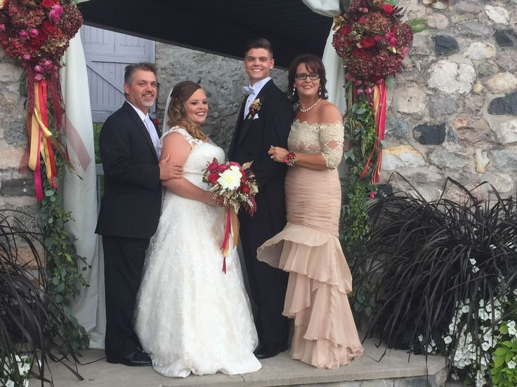 8 First-Look Photos From Catelynn Lowell And Tyler Baltierra's Wedding