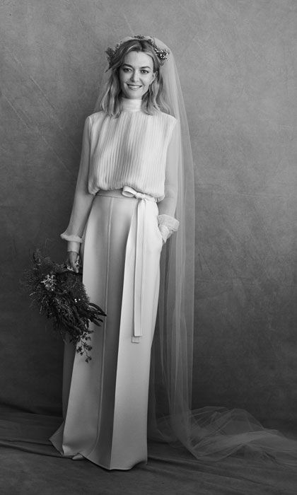 23ac97fc2b108 The color of Zara heiress' stunning Valentino wedding dress is not ...