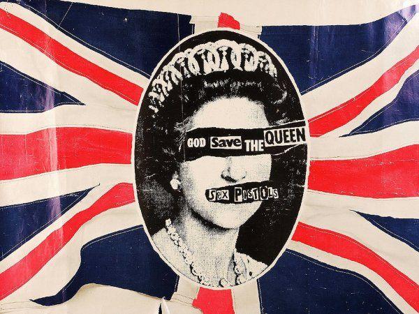 伝説のロックスターSEX PISTOLS!音楽のみならず、ファッションやヴィジュアルといった面からも強いインパクトを我々に与えた彼らですが、多くのプロモーションがこのジェイミー・リードという一人の男によって手掛けられていたことはご存じでしたか?
