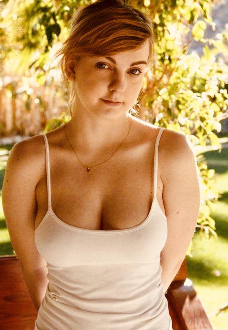 Tank top boobs pics