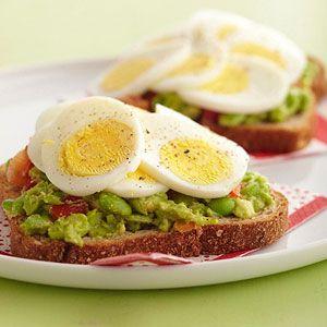 Open-Face Egg Sandwiches | Recept - Eieren, Hardgekookt en Eiersalade ...