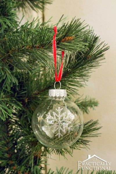 DIY Glitter Snowflake Ornaments: A simple Christmas craft that only takes ten minutes!