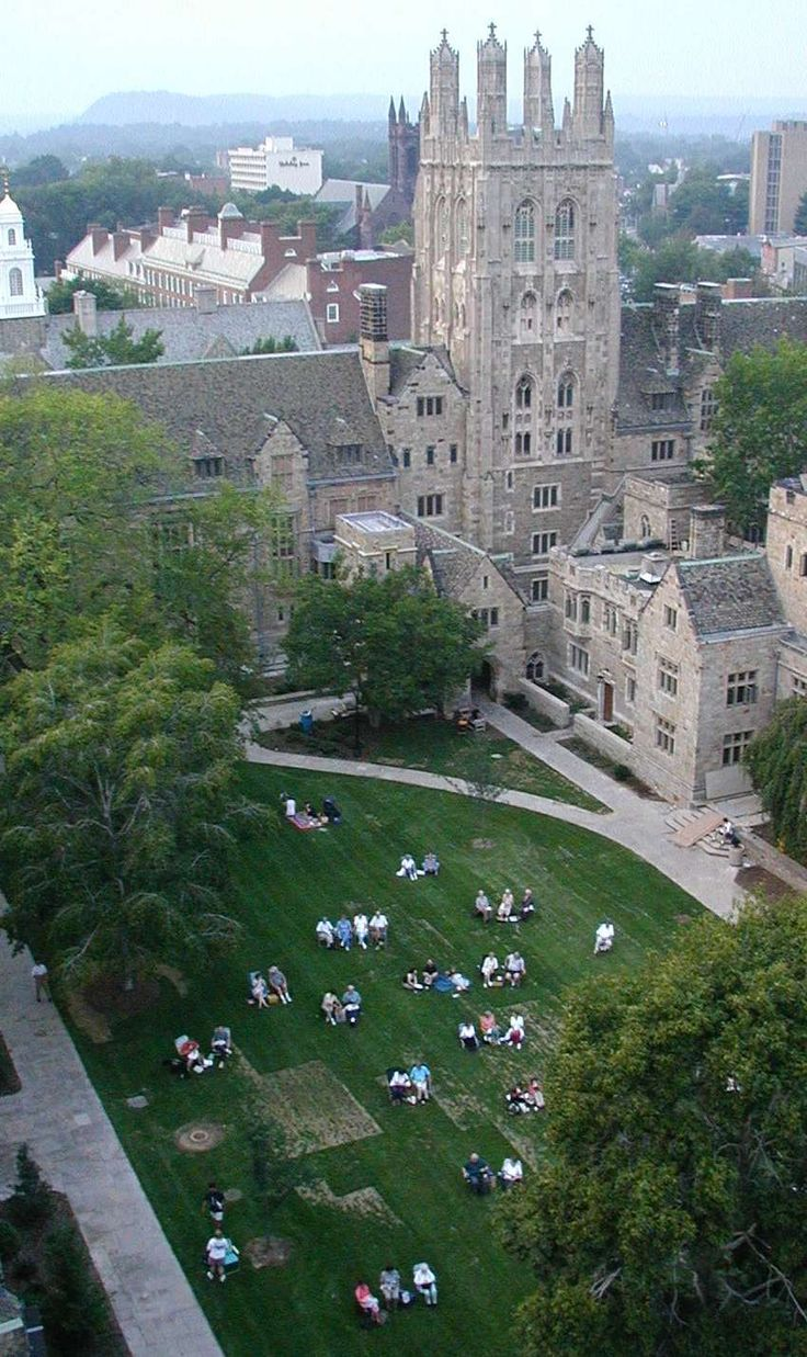 Yale University - Connecticut, USA. Many people think i'm gifted or smart. The…