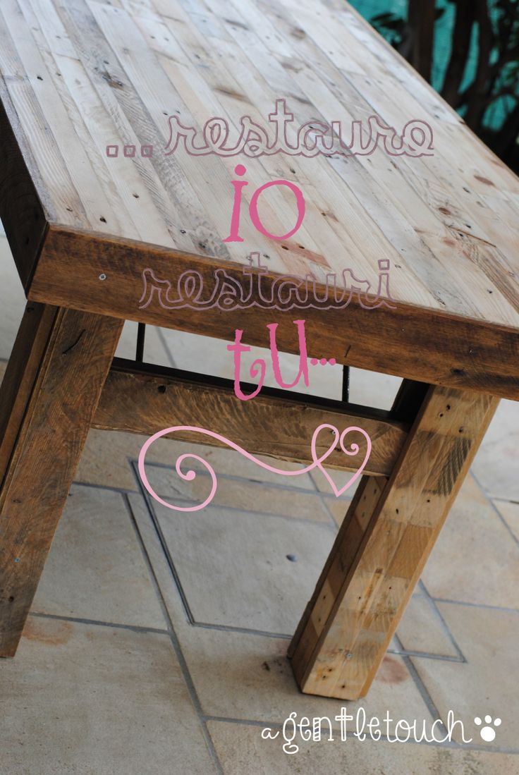 progetto di restauro/riciclo di un vecchio tavolone di legno. http://agentletouchcraft.blogspot.it/2015/02/restauro-o-riciclo.html
