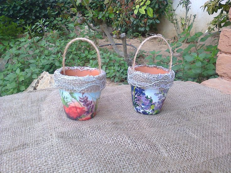 Decoupage on small clay pots