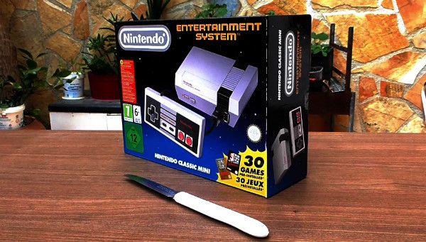 NES Classic Mini με Unboxing και GamePlay, πίσω στα 80s!