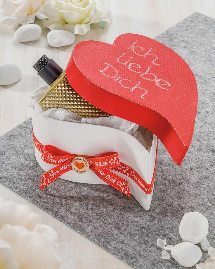 PappArt Herzbox Mit Tafelstoff Zum Valentinstag   (Idee Mit Anleitung U2013  Klick Auf U201eBesuchen