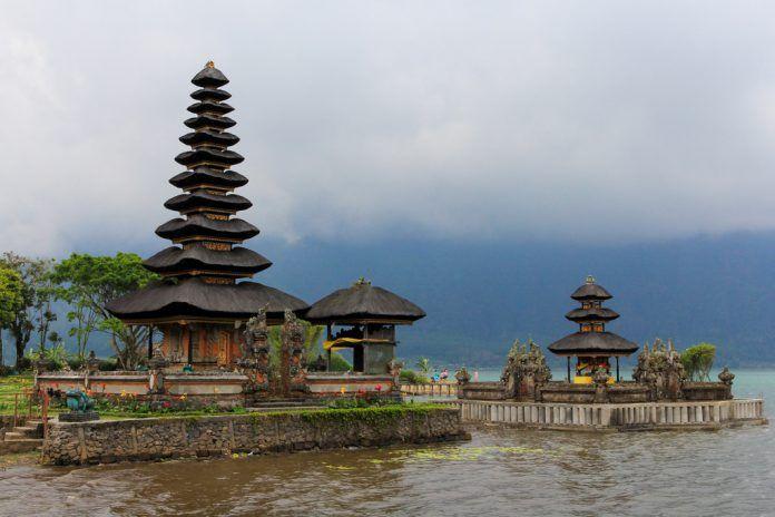 Pura Ulun Danu Beratan, Bedugul, Kabupaten Tabanan, Bali.