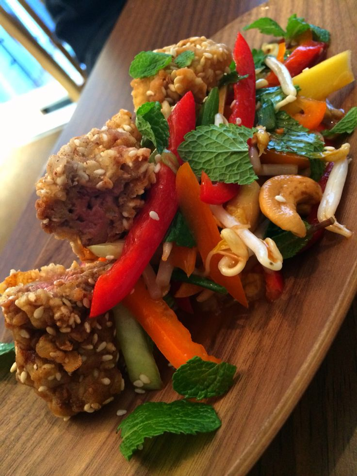 Fried Chicken livers with sesame seeds & Vietnamese salad