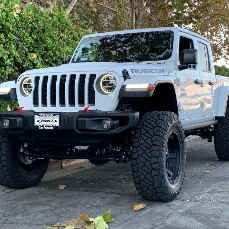 "2020 Jeep Gladiator JT Rubicon. EVO MFG 4.5"" Jeep"