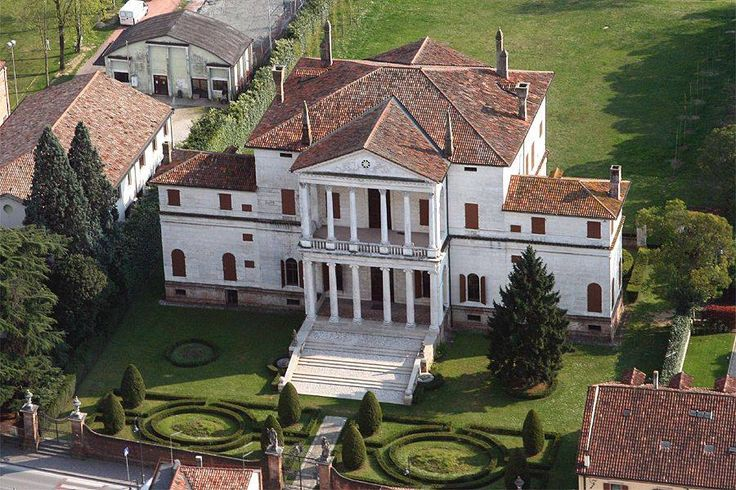Piombino Dese (Padova), veduta dall'alto di Villa Cornaro, ennesimo gioiello del Palladio.  Dottrina dell'Architettura