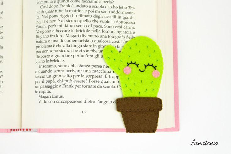 Cactus segnalibro in feltro, segnalibro ad angolo, cucito a mano, accessorio libri, cactus verde, regalo amica, amante delle piante di Lanatema su Etsy