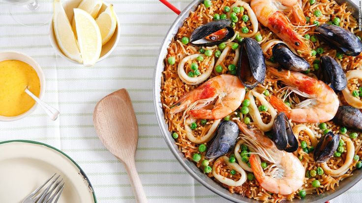 """Fideuà is a type of Spanish pasta similar to vermicelli. It's popular in Catalonia and Valencia in seafood dishes that rival paella for their taste and intricacy. (Image credit: <a href=""""http://Brindisa.com"""" target=""""_blank"""">Brindisa.com</a>)"""