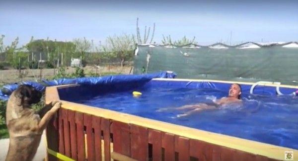 Videos mit den Anweisungen, um ein Schwimmbad zu bauen mit Paletten