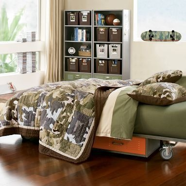 Elegant 18 Cool And Trendy Teen Boys Bedroom Designs : Stylish Beige Teen Boys  Bedroom Design With Brown Easy Chair And Wheeled Platform Bed Also  Skateboard Shape ...