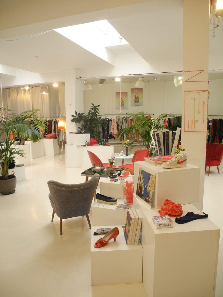 25 best concept stores unsere l den images on pinterest concept stores home decor ideas. Black Bedroom Furniture Sets. Home Design Ideas