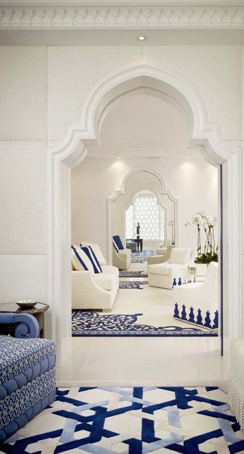 Blue and white will always be a truly beautiful colour combination! Geoffrey Bradfield | #Luxury #InteriorDesign | Moroccan Moderne, Palm Beach