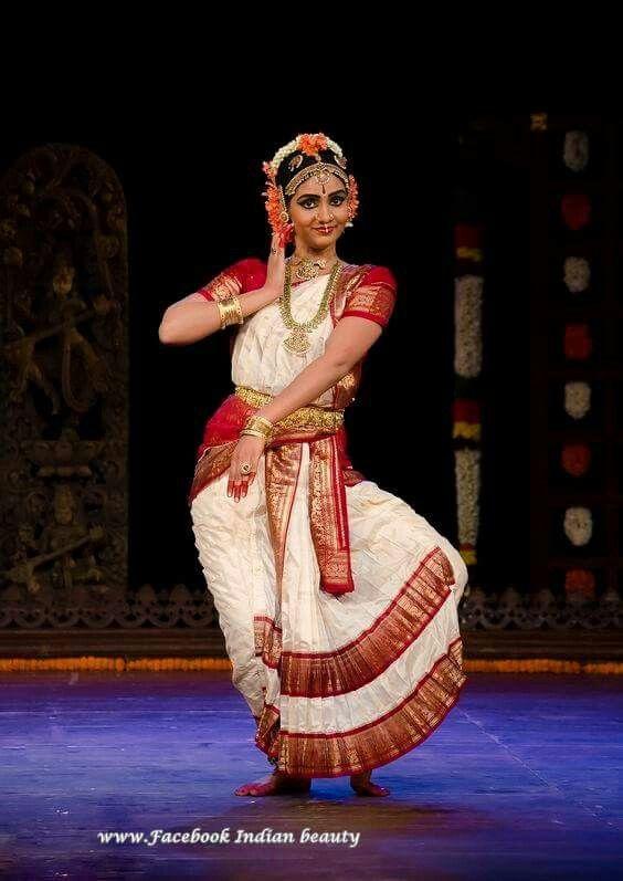 amazing indian dancer