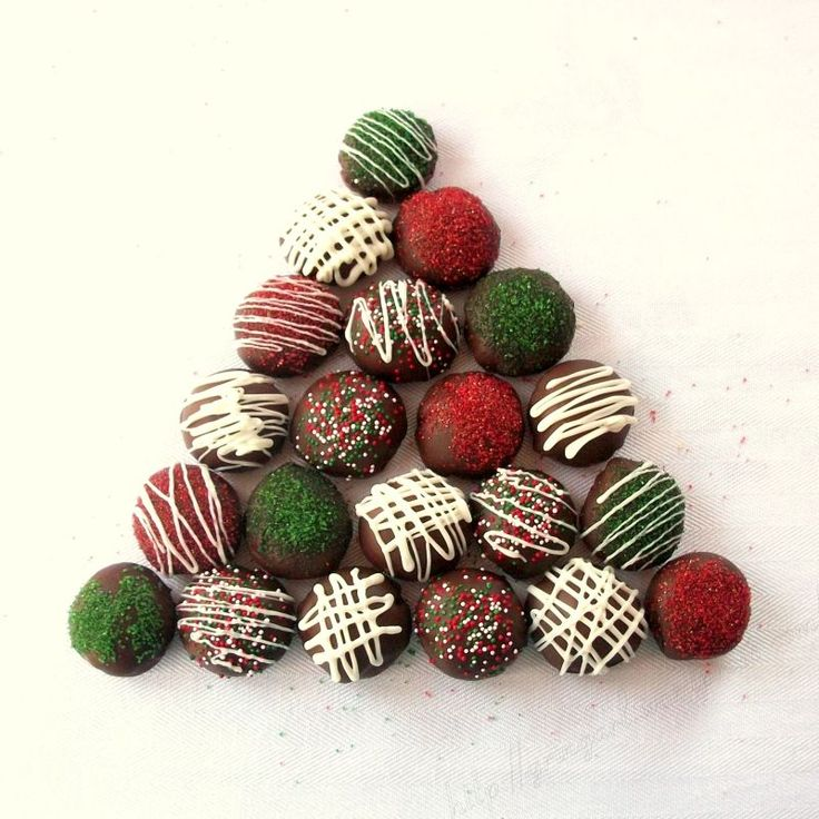 Chocolate Christmas cookies: Cookies 15, Candy Ideas, Christmas Cookies, Chocolates Candy, Chocolates Cookies, Decor Cookies, Christmas Ball, Christmas Ideas, Candy Cookieslov