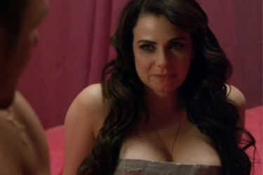 Mia Kirshner Defiance | of Defiance, here's a picture of Mia Kirshner (Kenya). Mia Kirshner ...