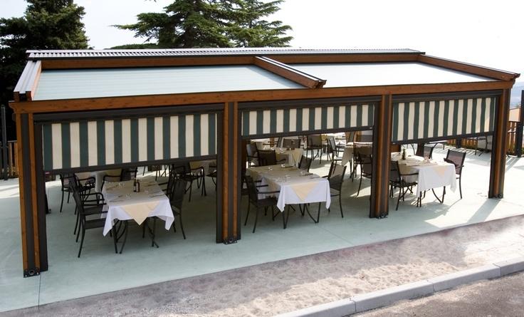 Pergole, pergole retractabile, de elita, cu structura de lemn Med Elite Gibus pentru terase lemn inchise complet.Terase restaurant ,imagine pergola completa.