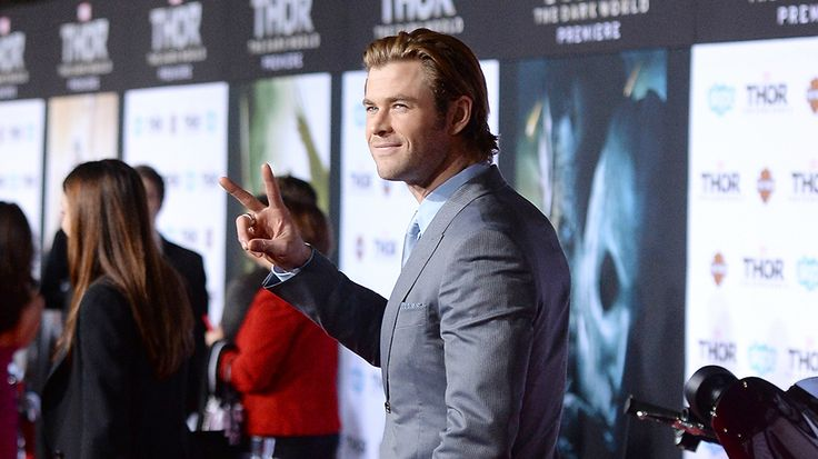 """Chris Hemsworth joins the cast of female-driven """"Ghostbusters"""""""
