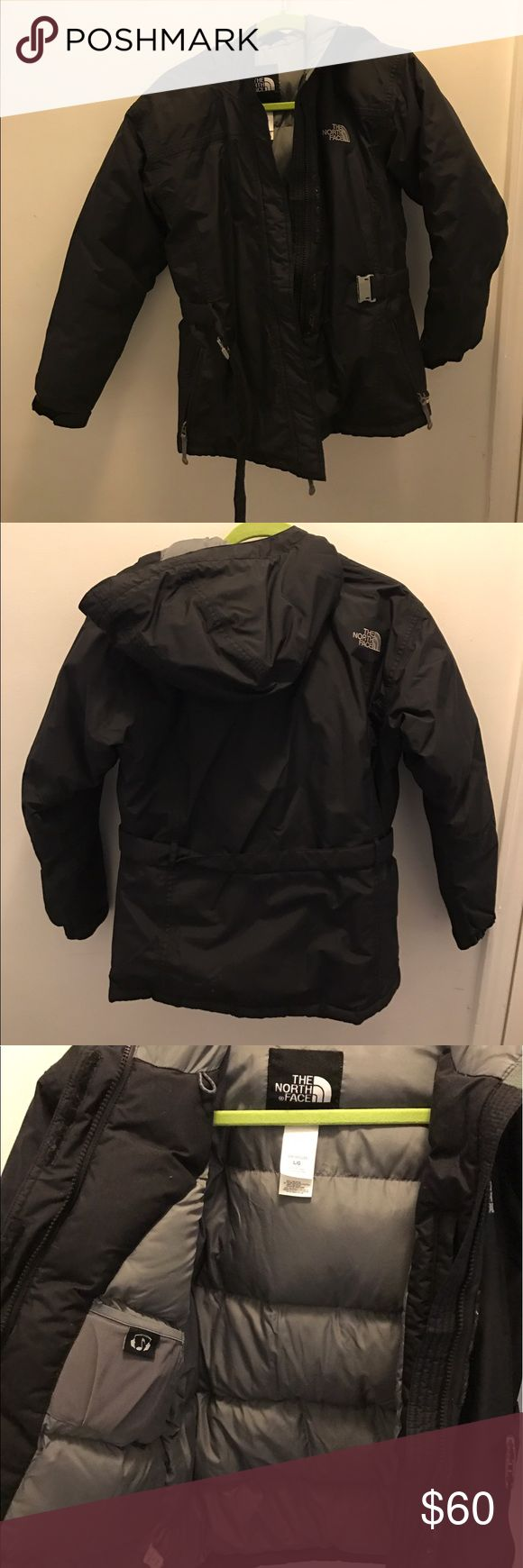 North Face winter jacket North Face winter jacket that keeps you nice and warm during the winter. Only worn a few times North Face Jackets & Coats Puffers