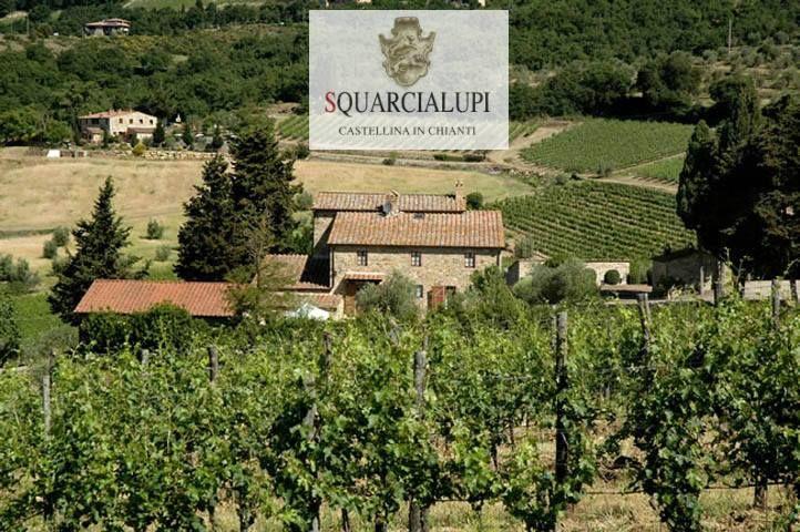 Svegliarsi con la vista dei nostri vigneti é davvero un #buongiorno speciale !! Naturalmente siamo all' Agriturismo La Ferrozzola e questi sono i nostri #appartamenti. Scoprili qui: http://www.laferrozzola.com/ita/appartamenti_agriturismo_chianti.php #agriturismo #vigneto #vino #chianti #castellina #toscana