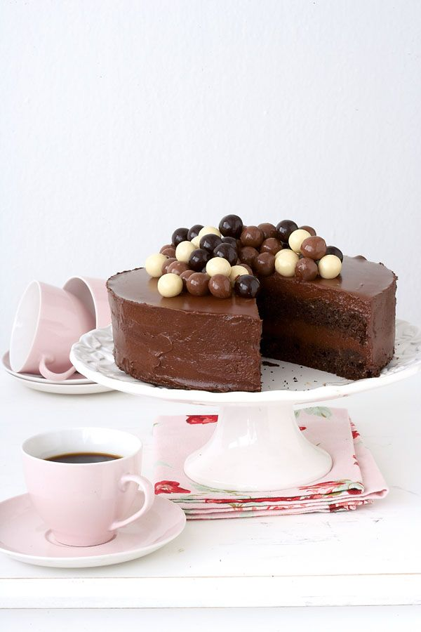 The best ever chocolate mousse cake